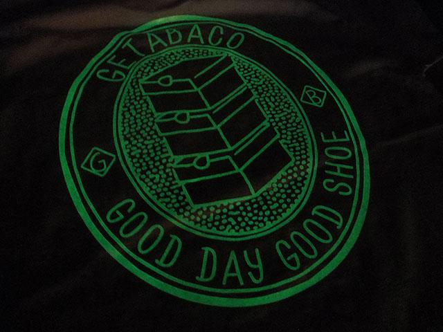 GETABACOのTシャツ