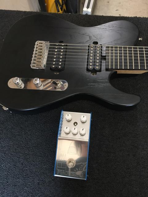 多弦ギターで試させて頂きました最新機材
