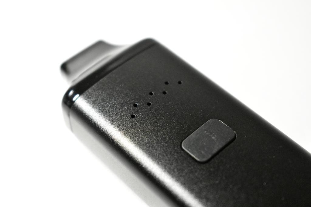 XMAX AVANTのボタンとエアフローの穴