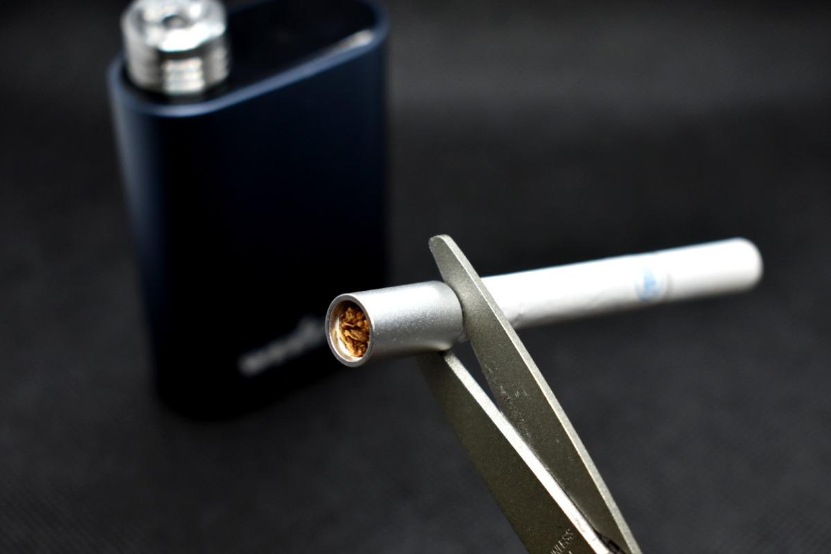 シーベイパー4.0紙巻タバコをカット