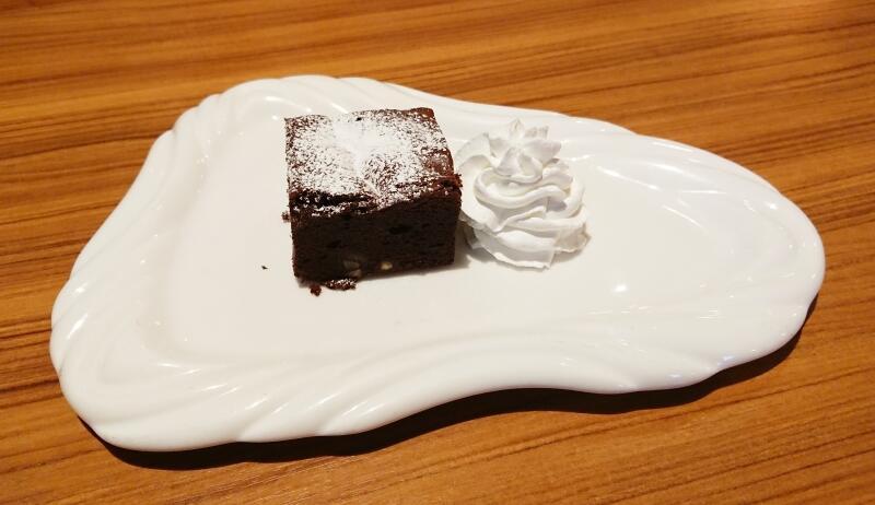 しっとりクラシックチョコケーキ