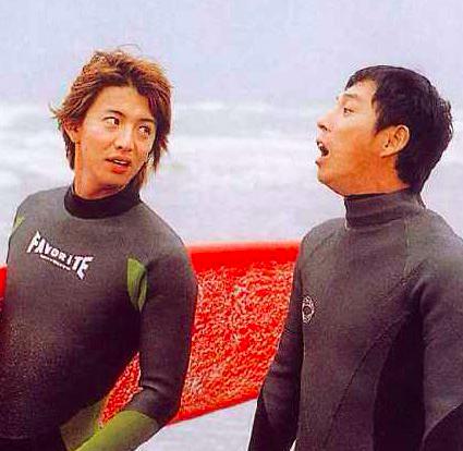 【さんタク 2017】でサーフィンをする明石家さんまの画像・壁紙