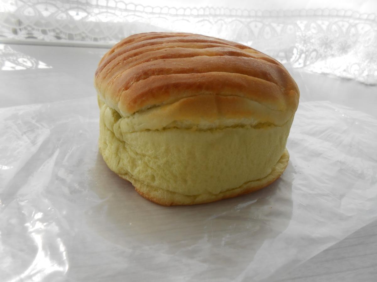 デイプラス 天然酵母パン メロン 開封後 側面