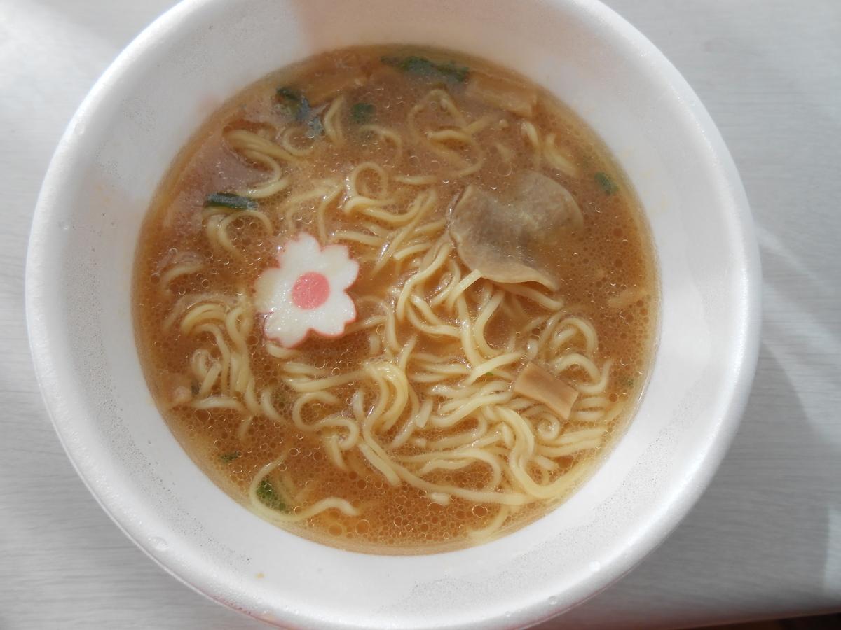 日清麺ニッポン 和歌山特濃豚骨しょうゆ 具材