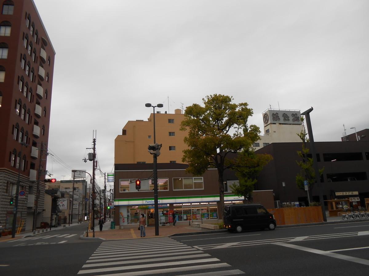 ファミリーマート 姫路大手前店