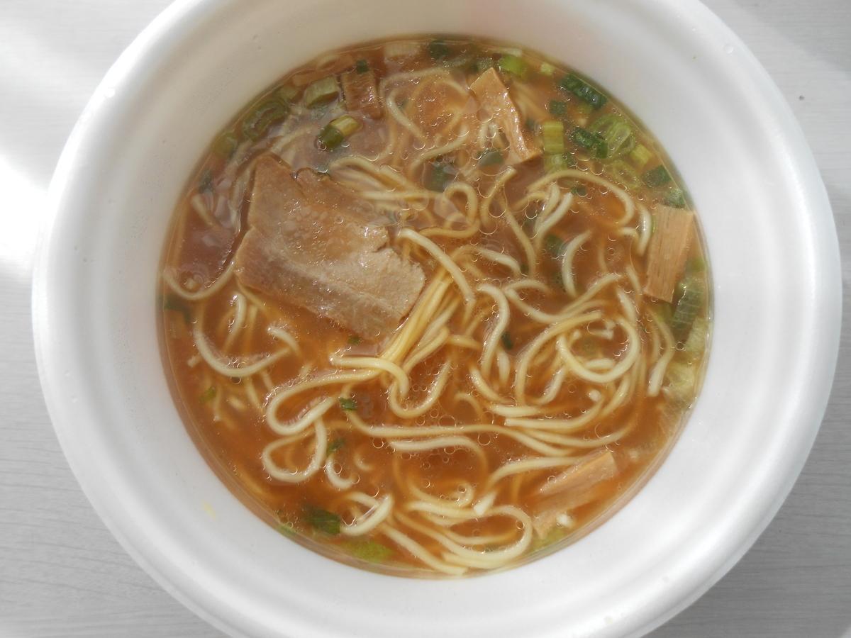 ニュータッチ 凄麺 徳島ラーメン醤油とんこつ味 調理後
