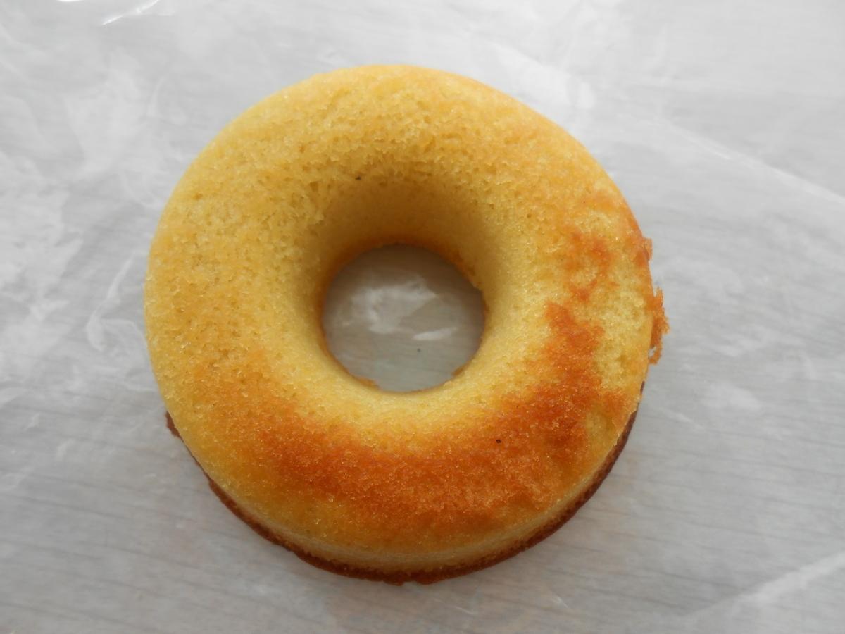 リョーユーパン(メゾンブランシュ) 焼きドーナツ(バナナ) 開封後