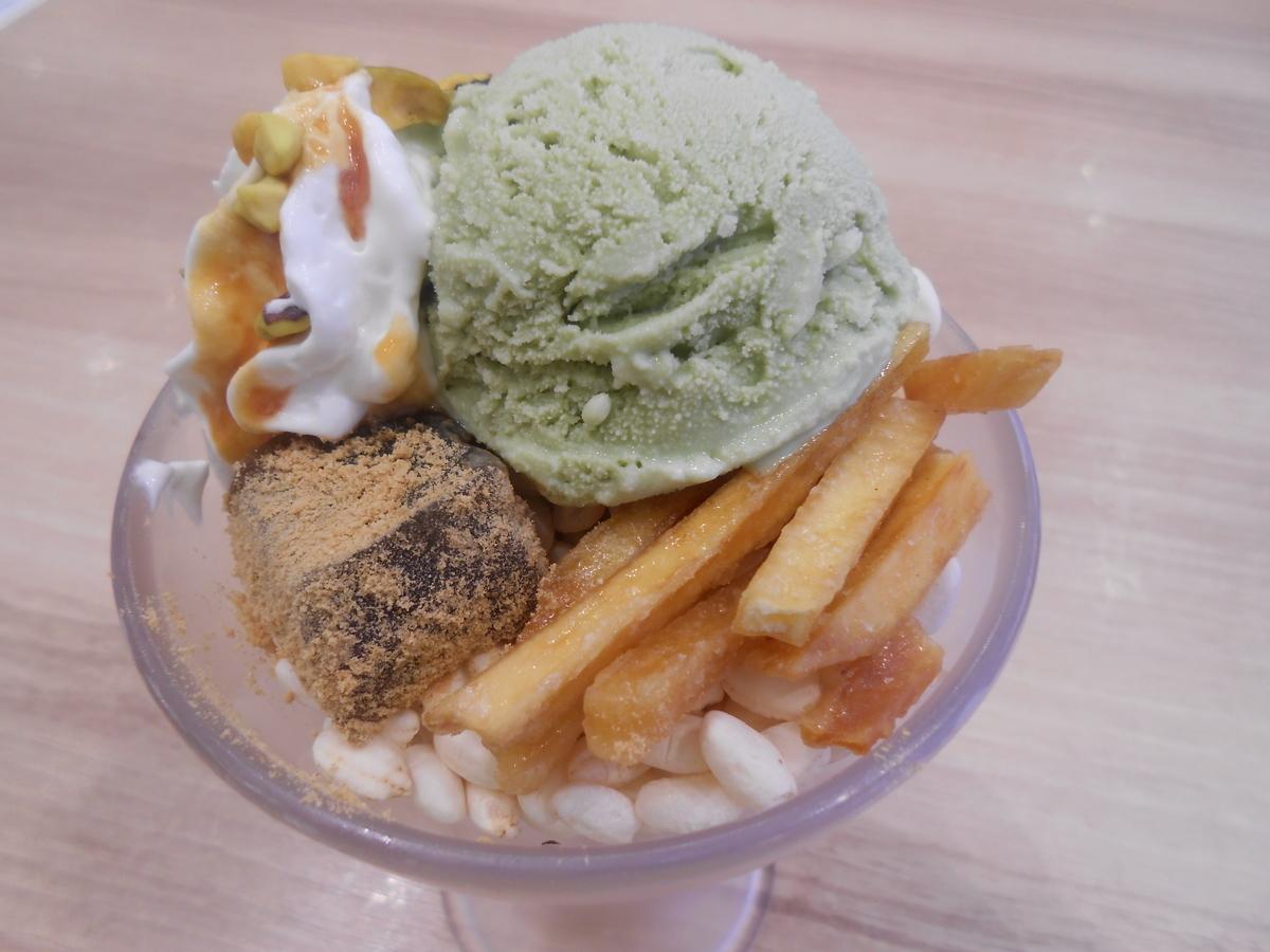 かっぱ寿司 濃厚ピスタチオアイスとお芋の秋色パフェ トッピング