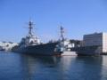 左・米海軍駆逐艦ステザム(63) 右・マスティン(89)。