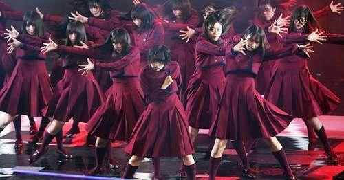 欅坂46の平手友梨奈、紅白歌合戦歌唱後にメンバーに抱えられて