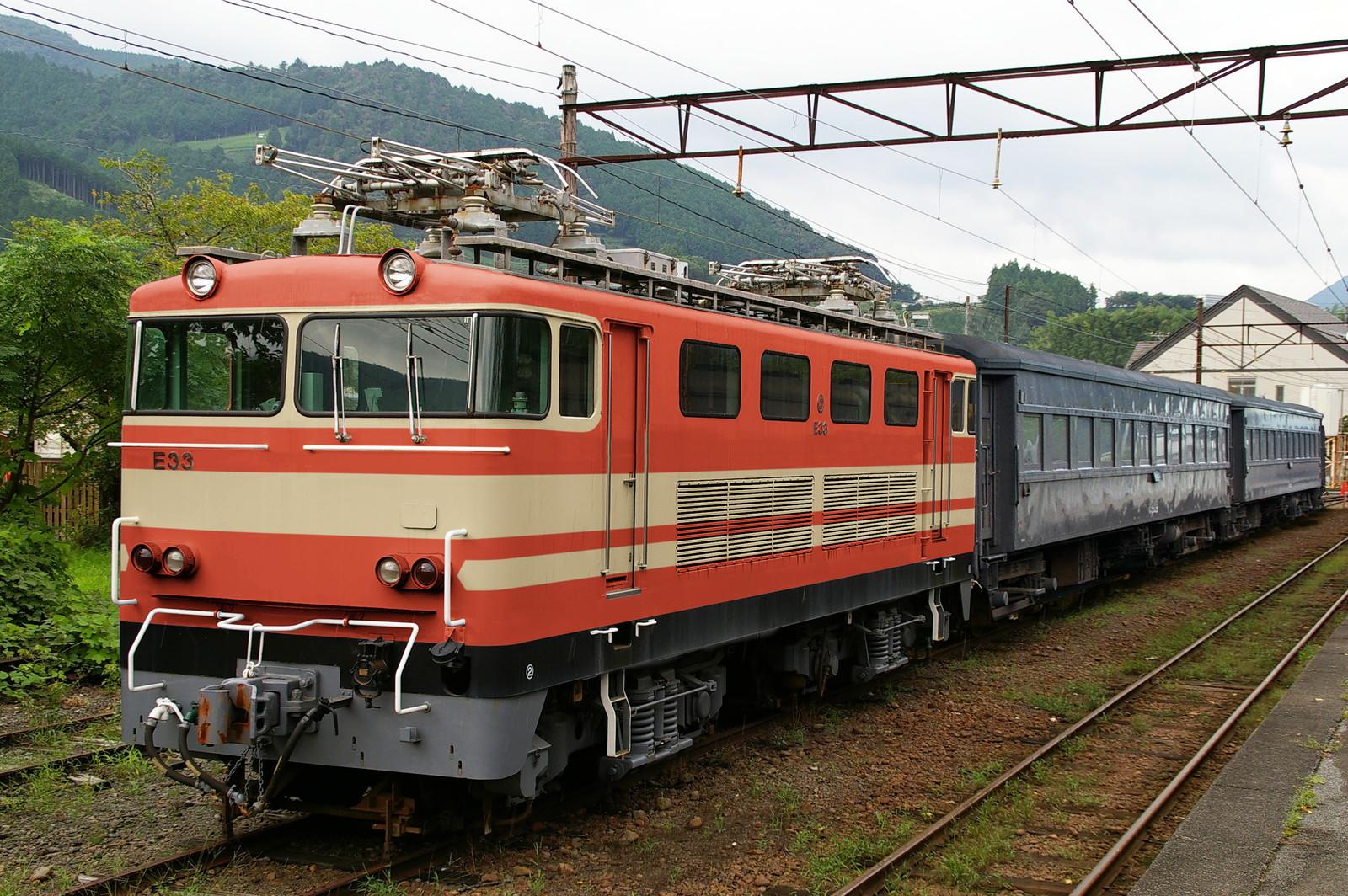 ウソ電 大井川鐵道E31形 E851色