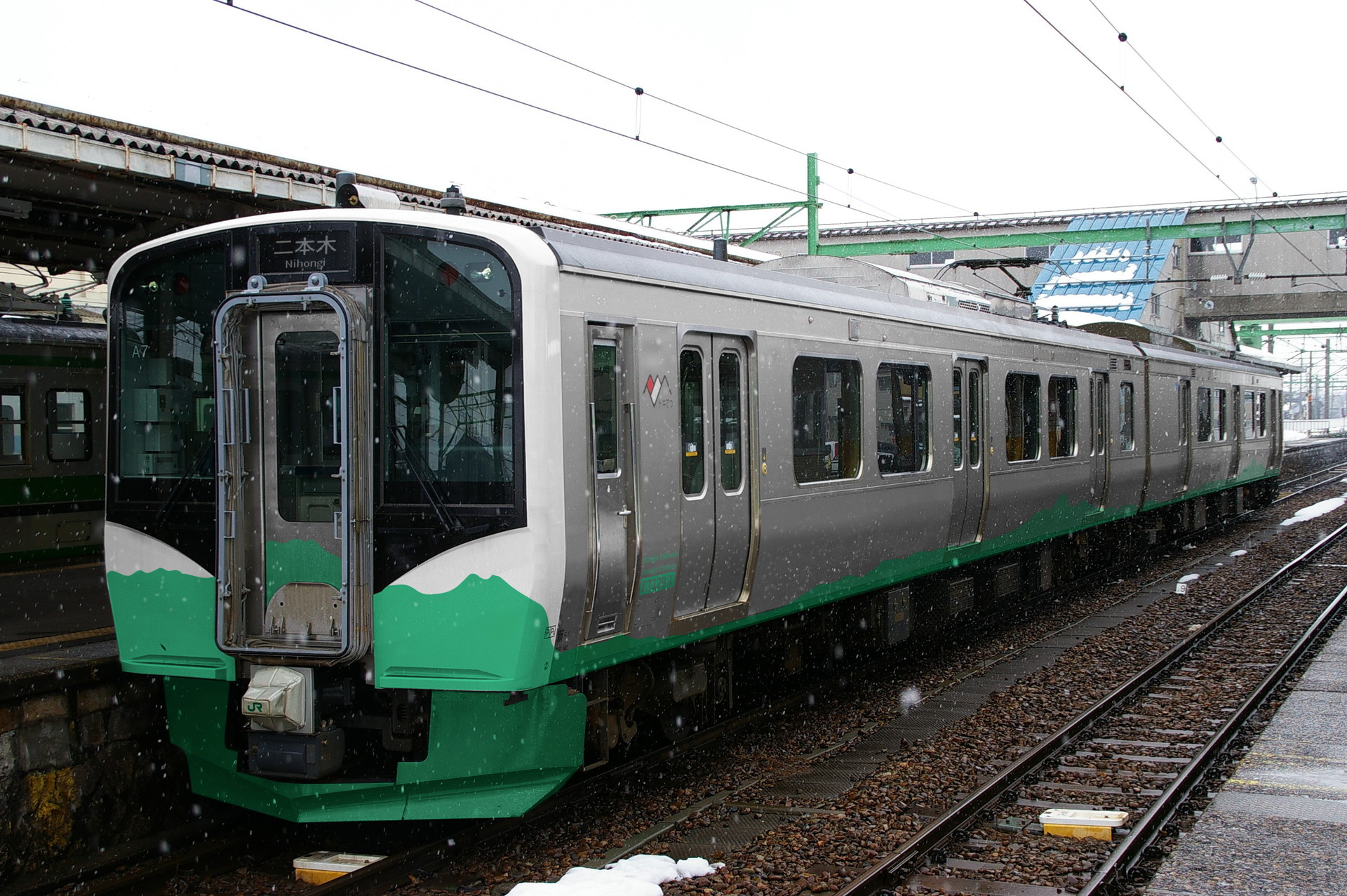 えちごトキめき鉄道ET129系のウソ電