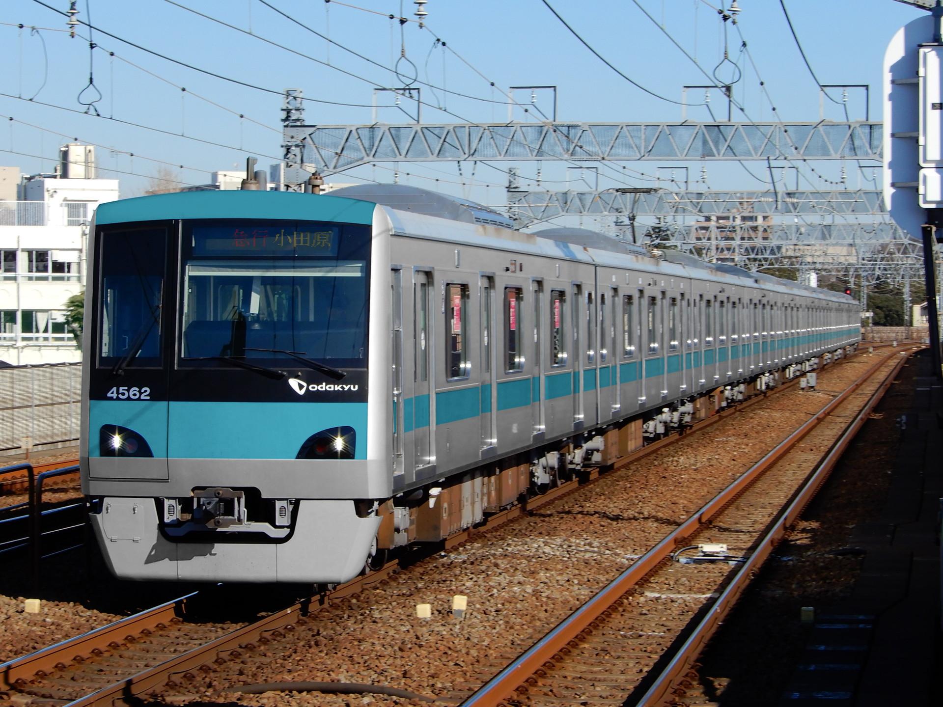 小田急4000形のウソ電