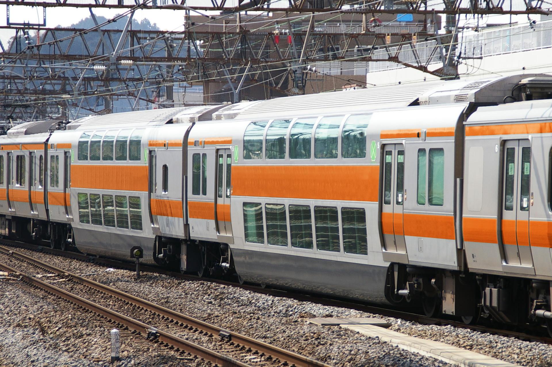 E233系中央快速線グリーン車のウソ電