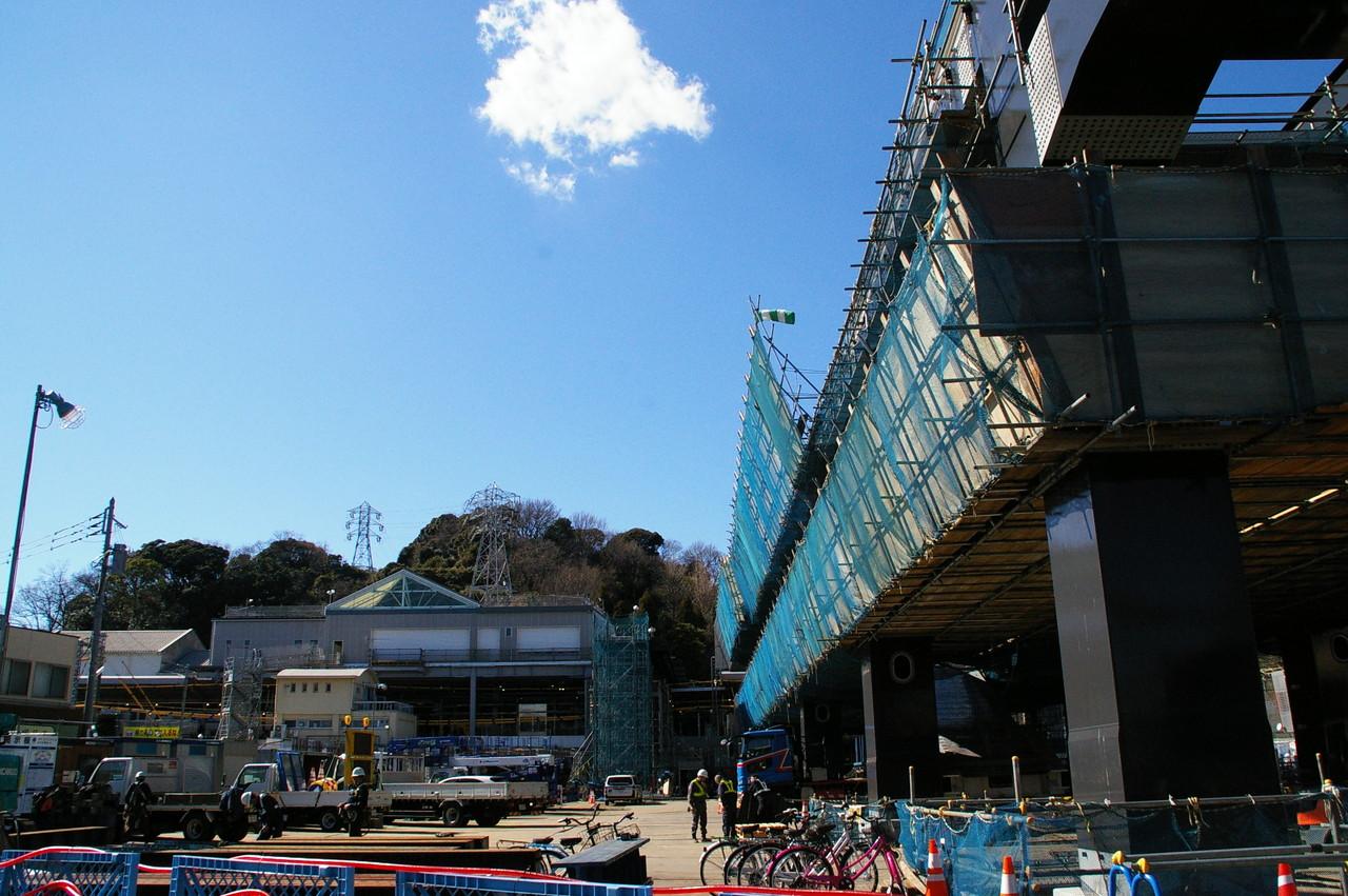 新しい金沢八景駅