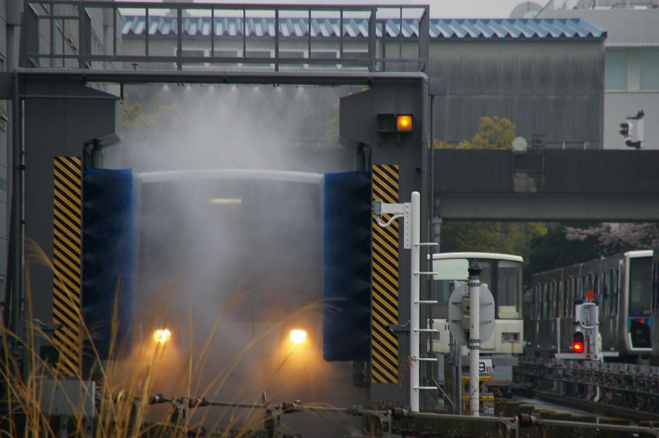 車体洗浄列車