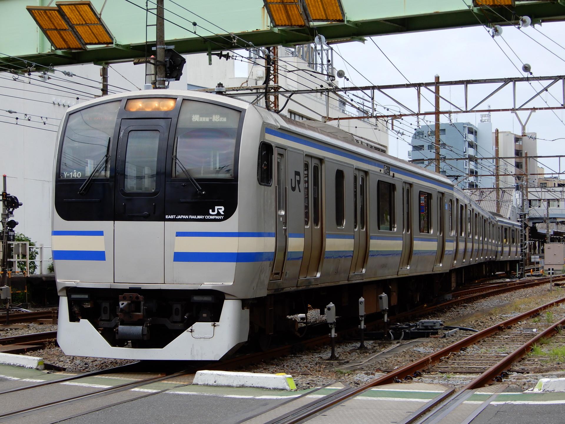 JR横須賀線のローカル4連列車