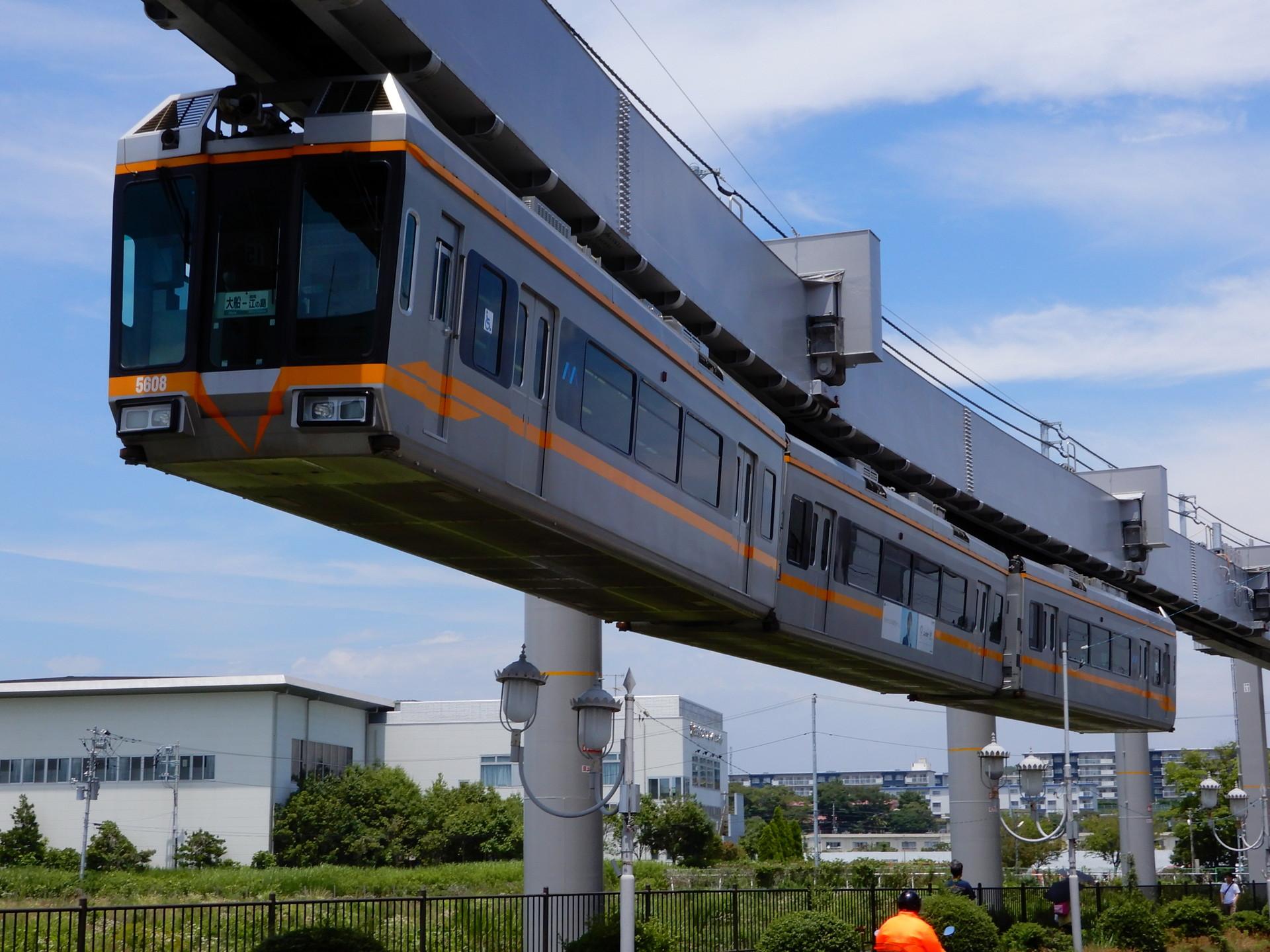 湘南モノレール5000系の5607編成