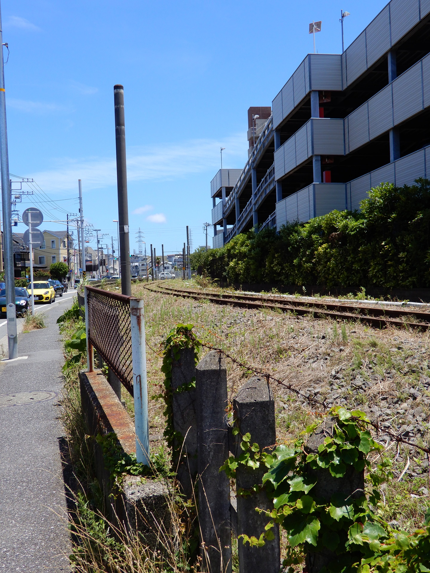 鎌倉武道館東側交差点付近 フェンス