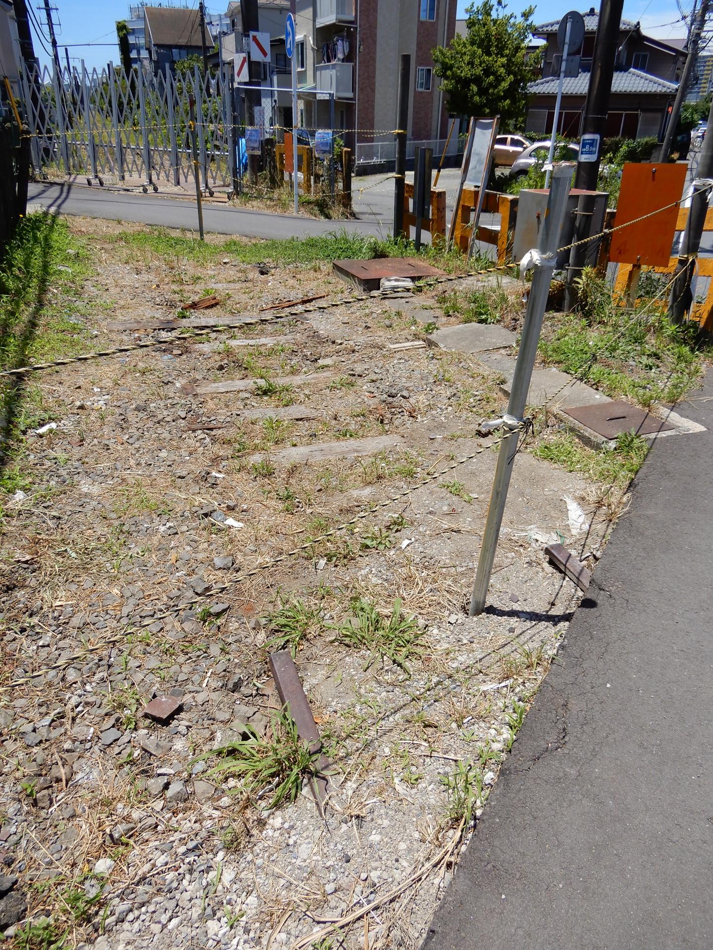 妙法寺付近の舗装部分