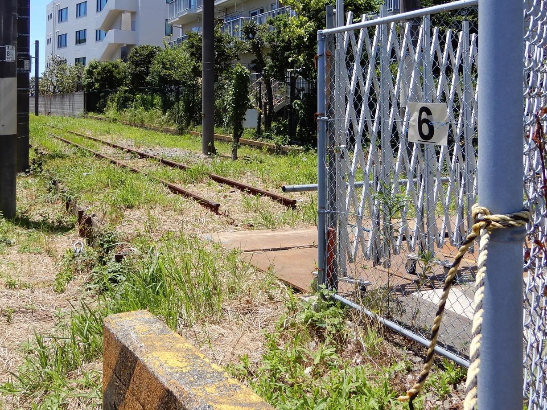 JR大船工場引込線の踏切跡 6番