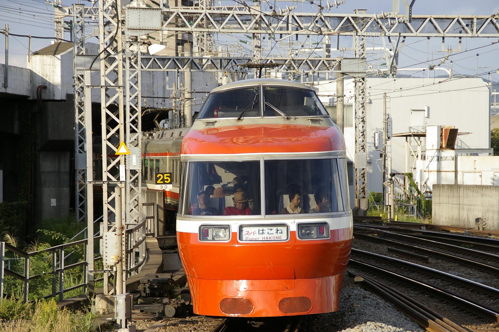 小田急ロマンスカーLSEの素材写真