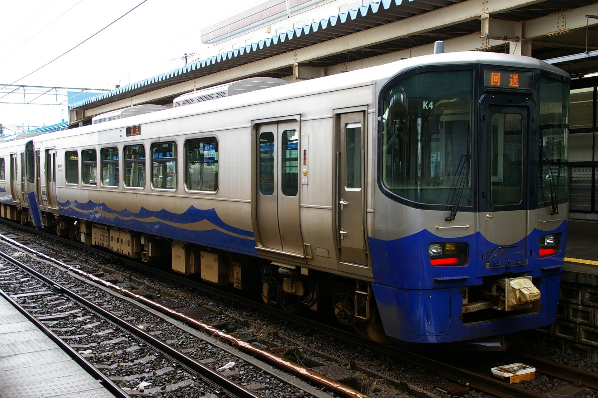 えちごトキめき鉄道ET122系