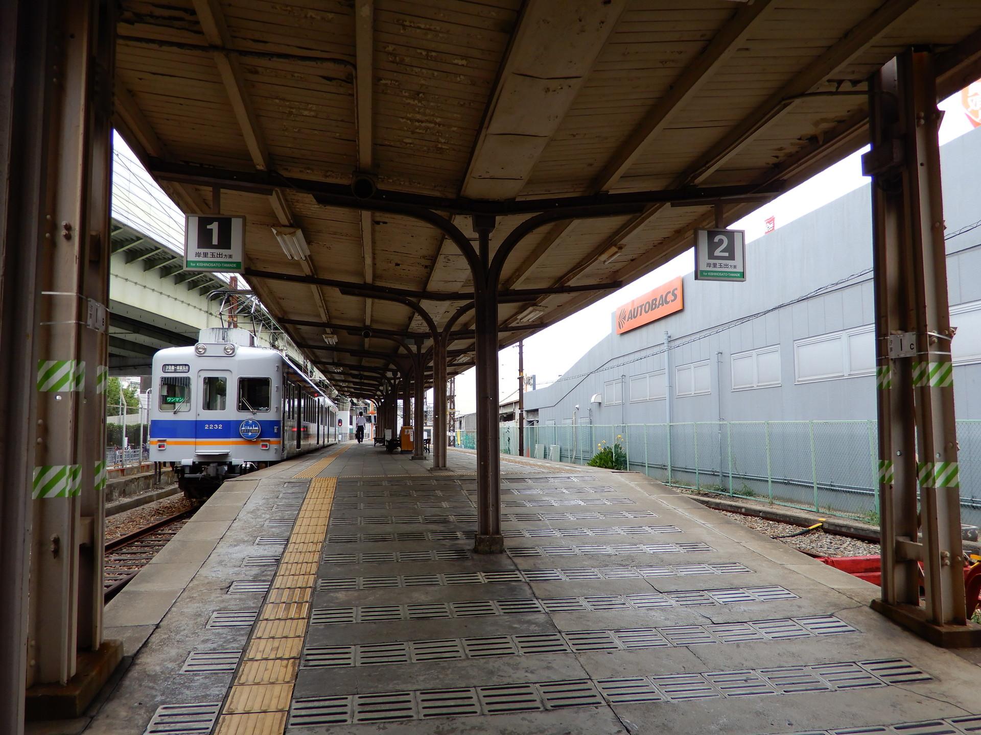停車中の電車