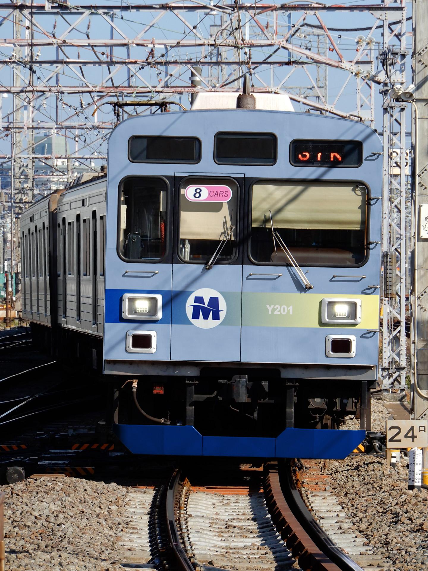 横浜高速鉄道Y200系のウソ電