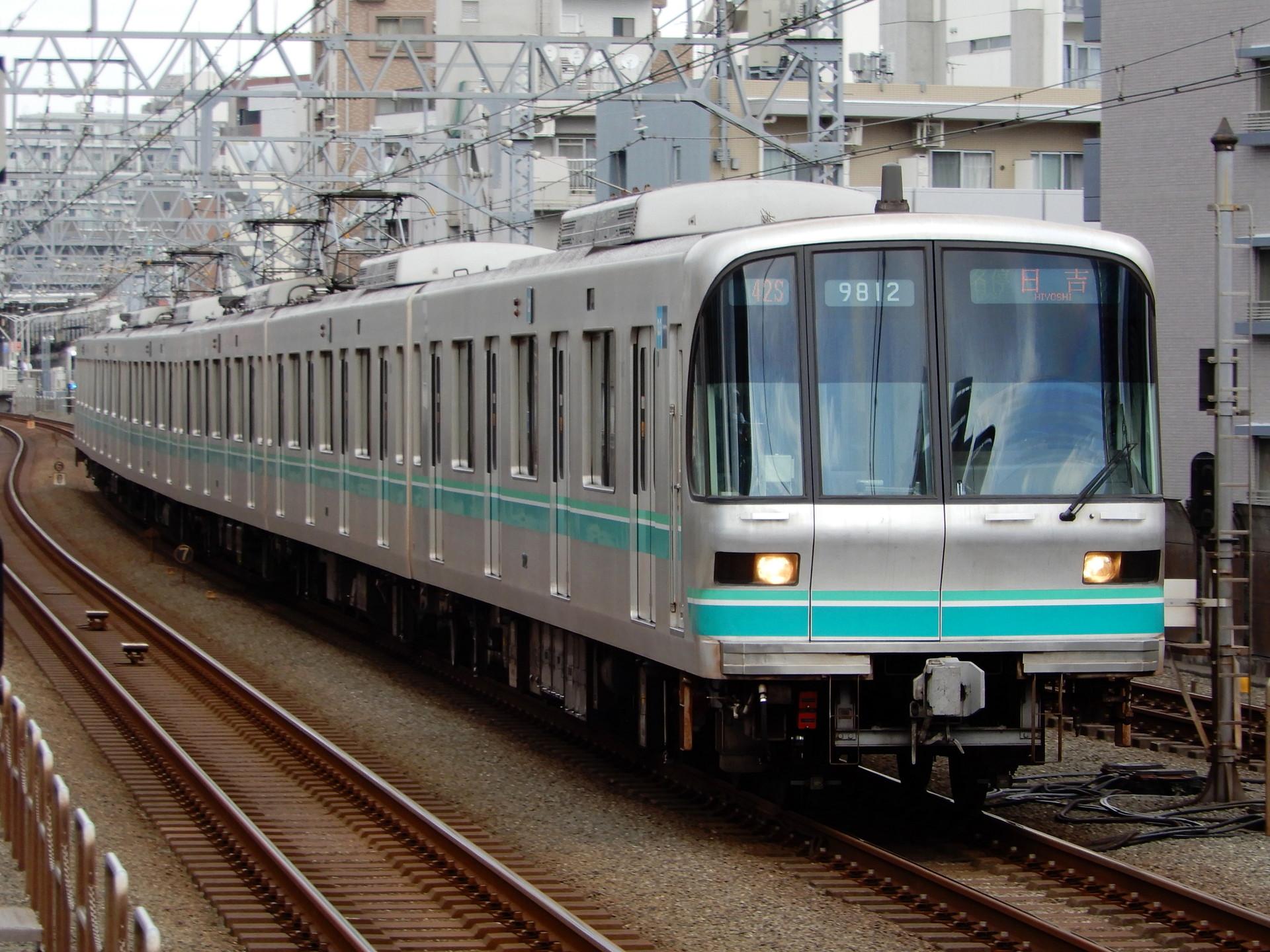 東京メトロ9000系12編成