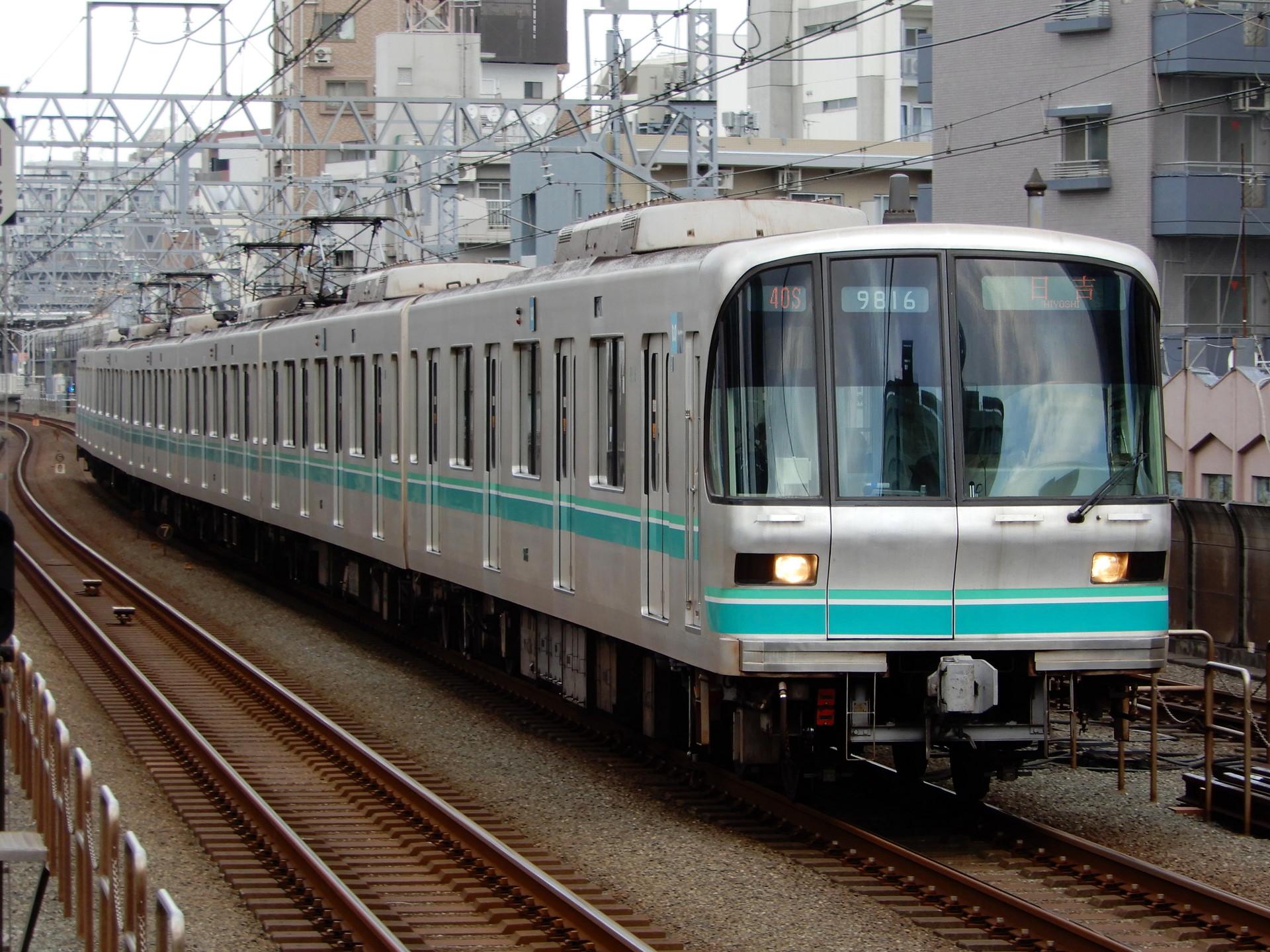 東京メトロ9000系16編成