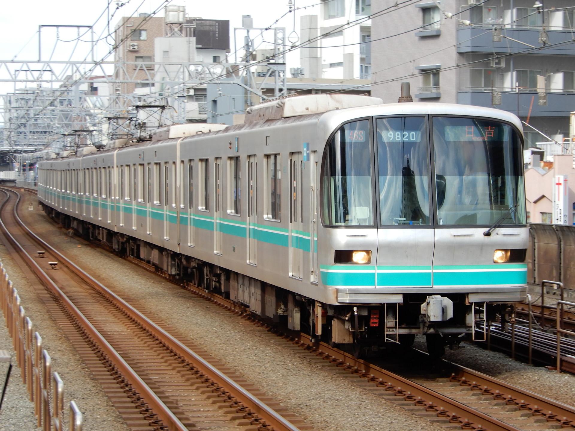 東京メトロ9000系20編成