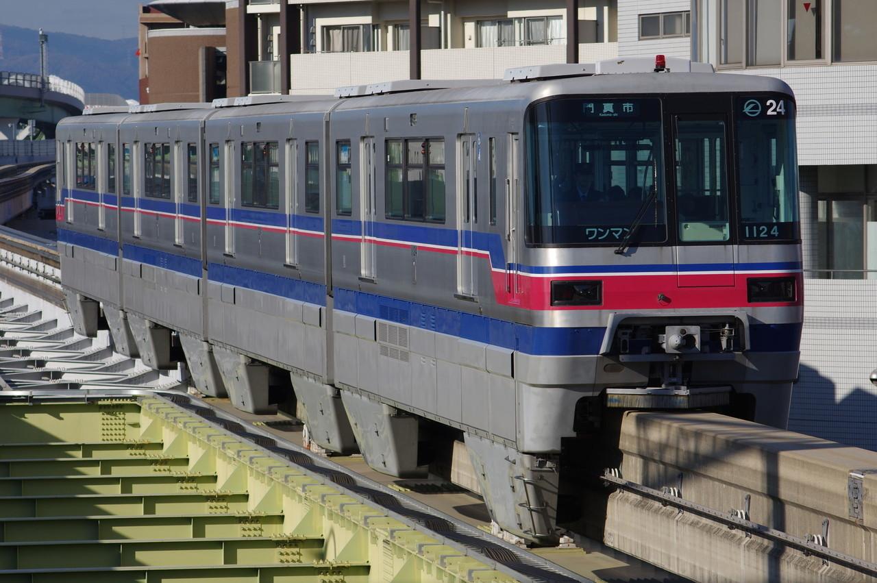 大阪モノレール1000系24編成