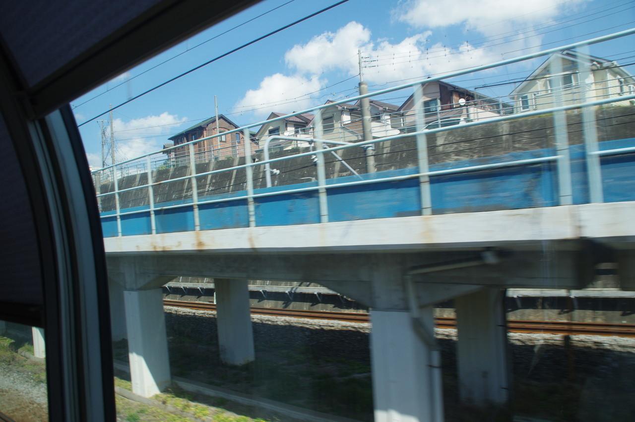 横須賀上り線の高架