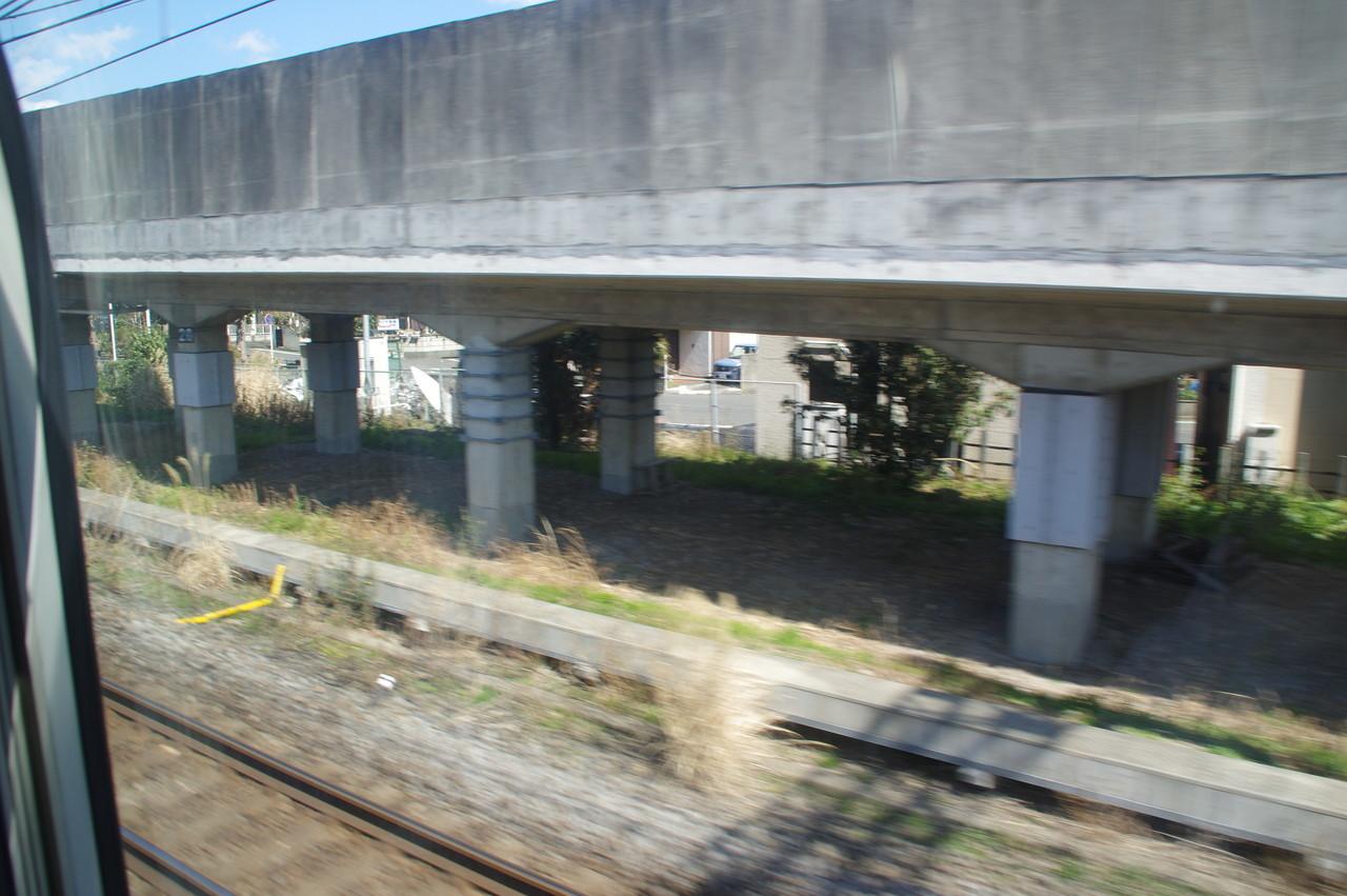 横須賀下り線の高架