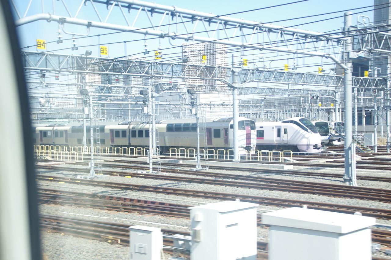 留置されている215系・E657系・E531系