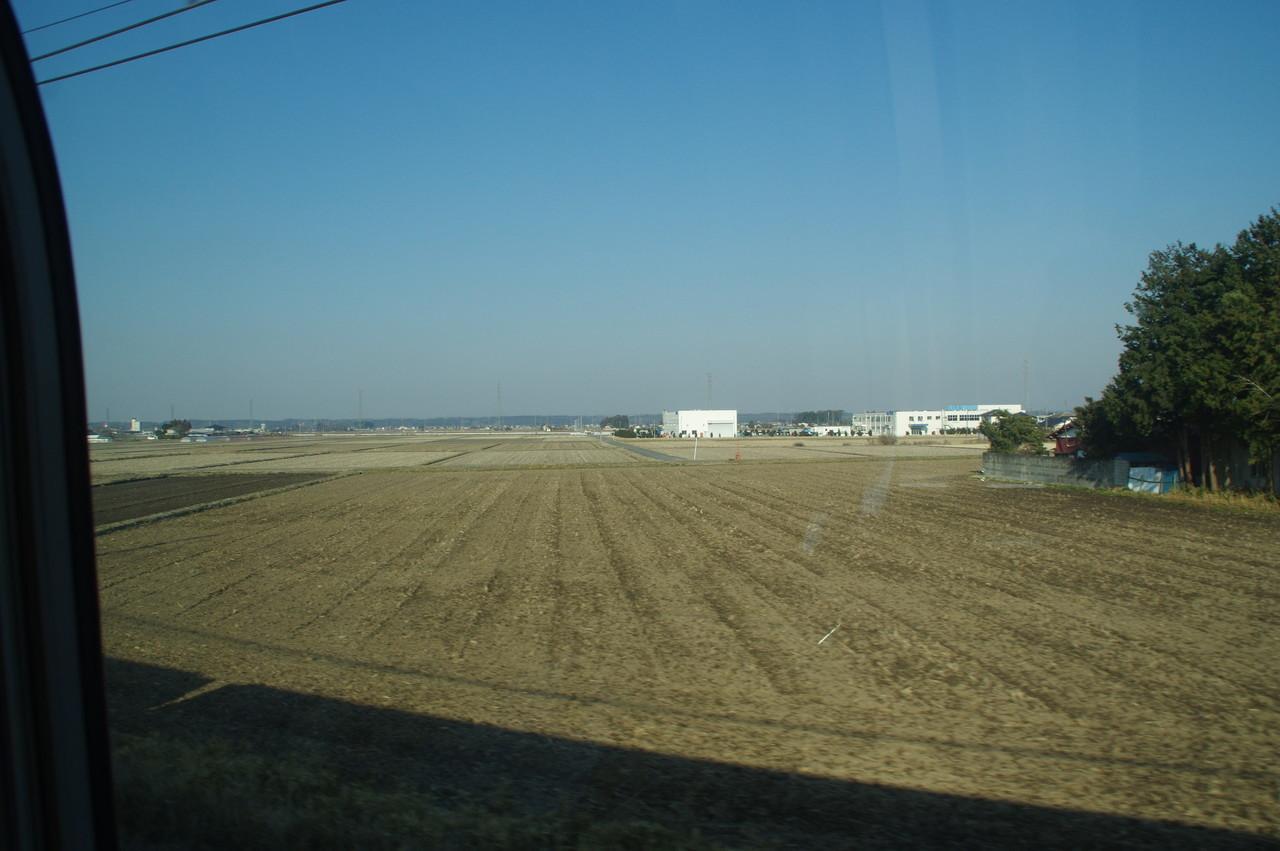 田園地帯と工場