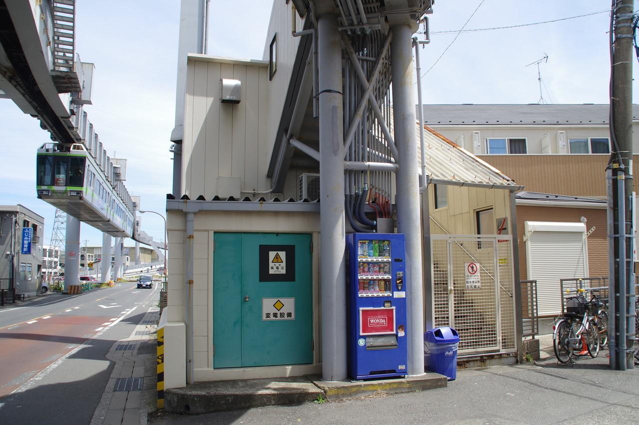 旧駅舎の正面