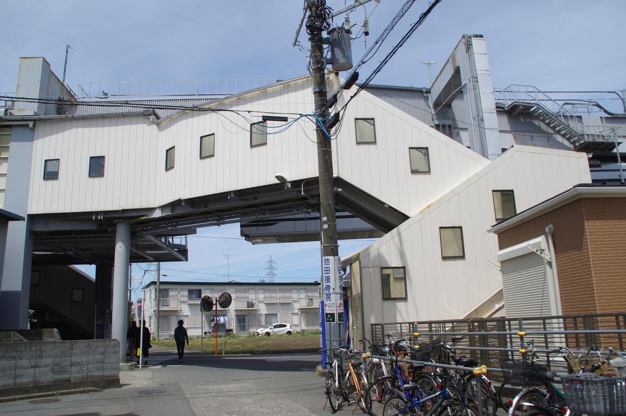 旧駅舎の東側