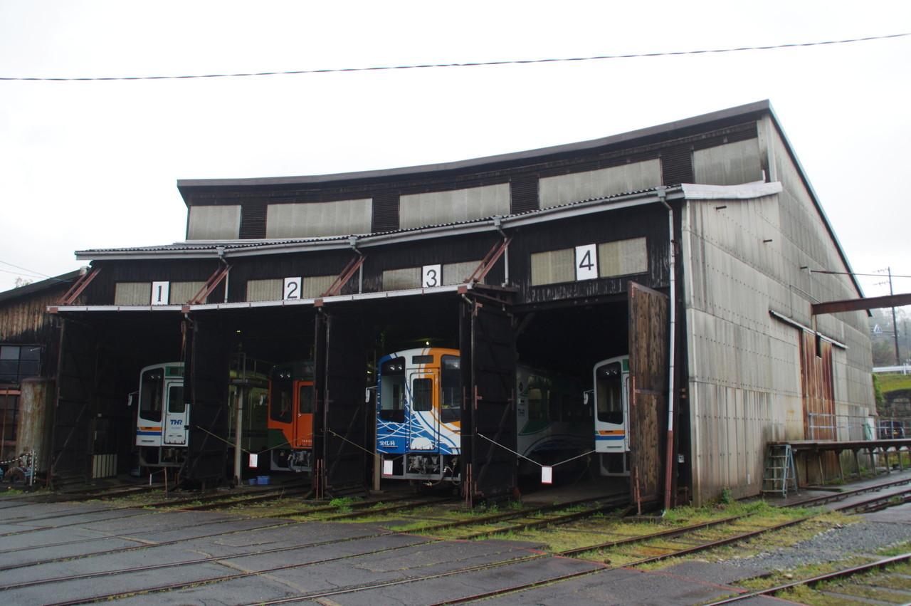 扇形車庫の建屋外観