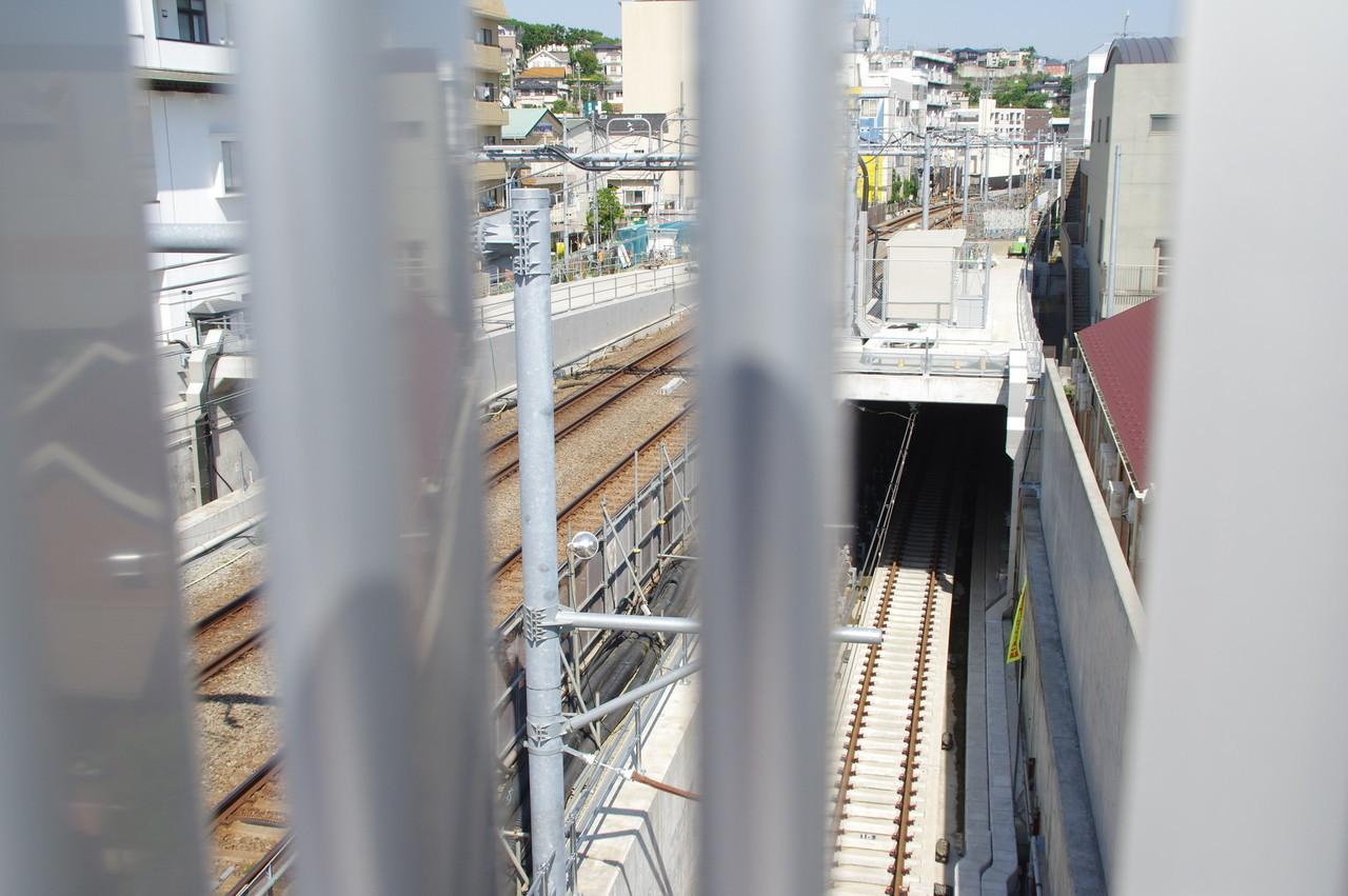二俣川方面線のトンネル入り口