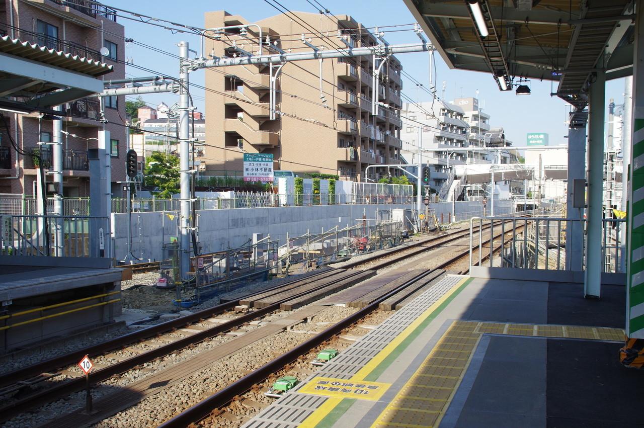 羽沢側先端の工事現場