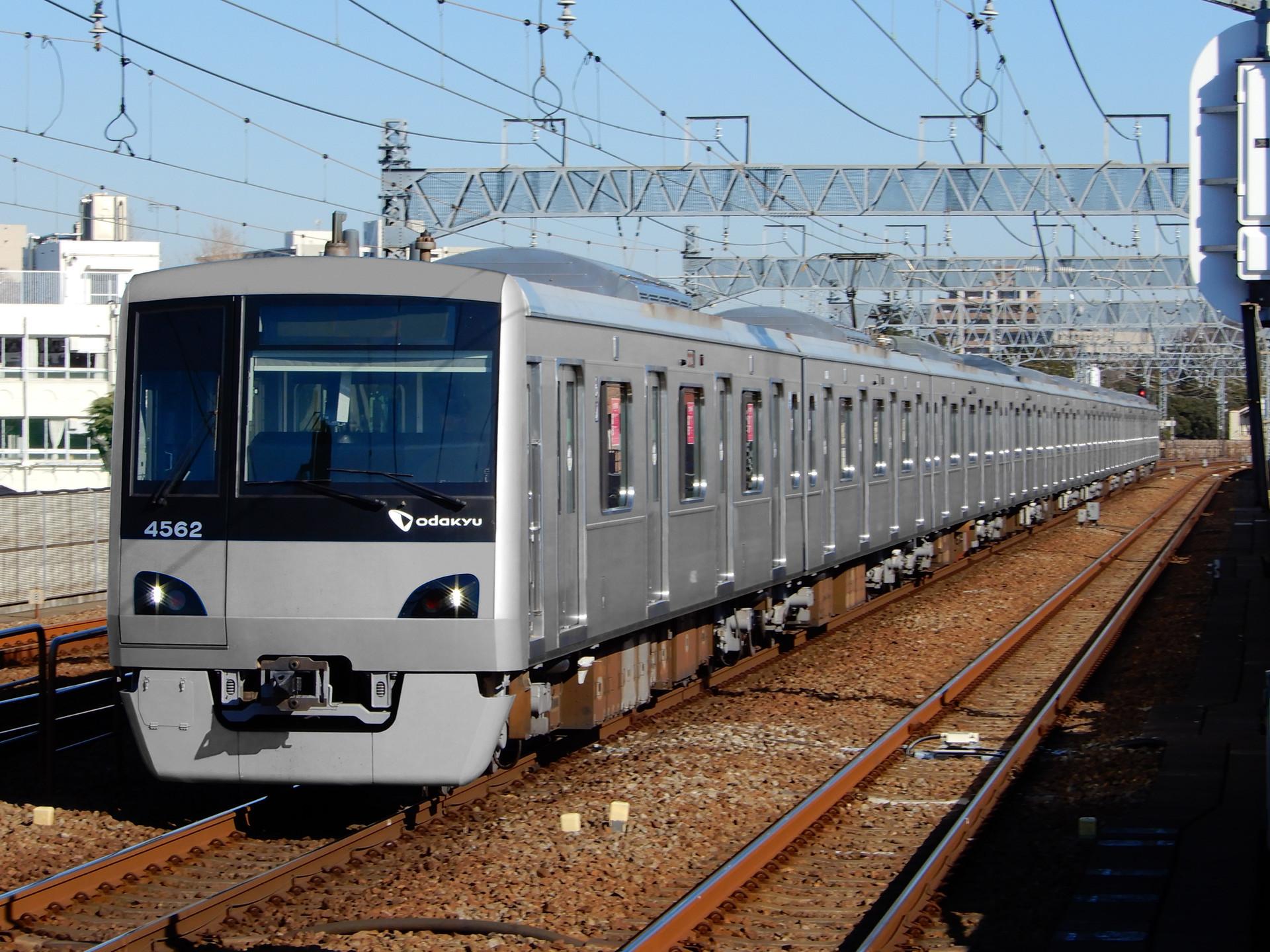 小田急電鉄 4000形の色変え用素体