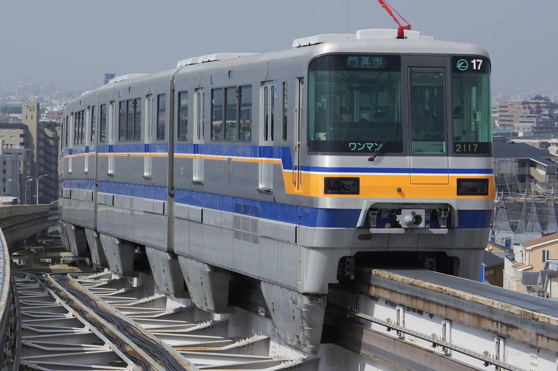 2000系17編成 (黄色帯)
