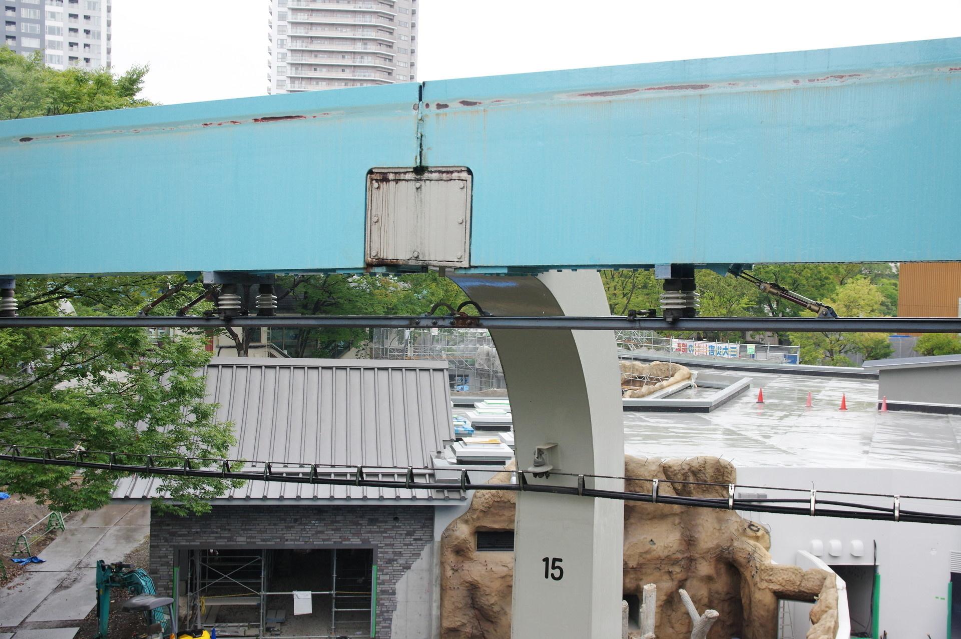 15番橋脚のレール接続部