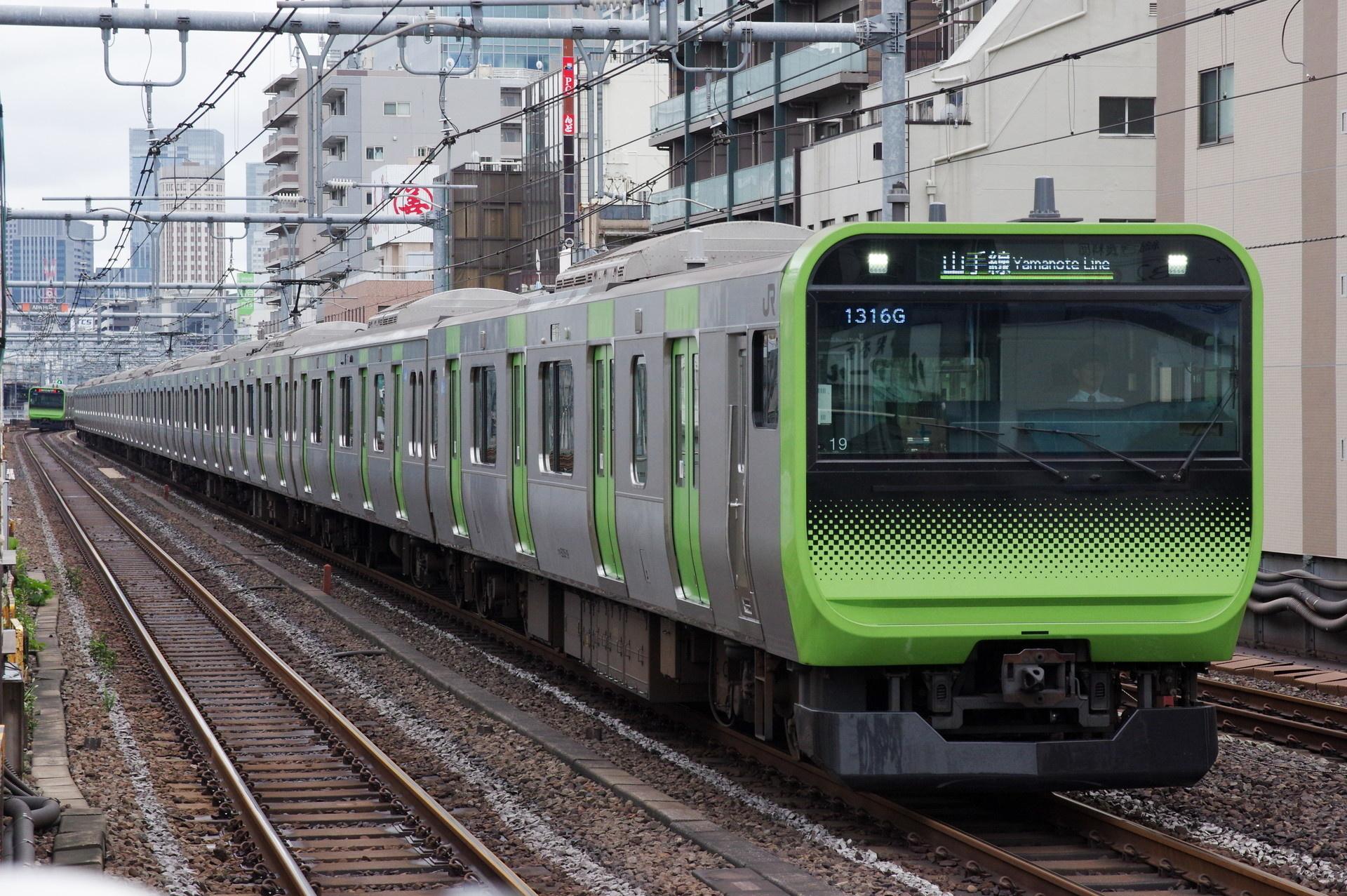 E235系 トウ19編成