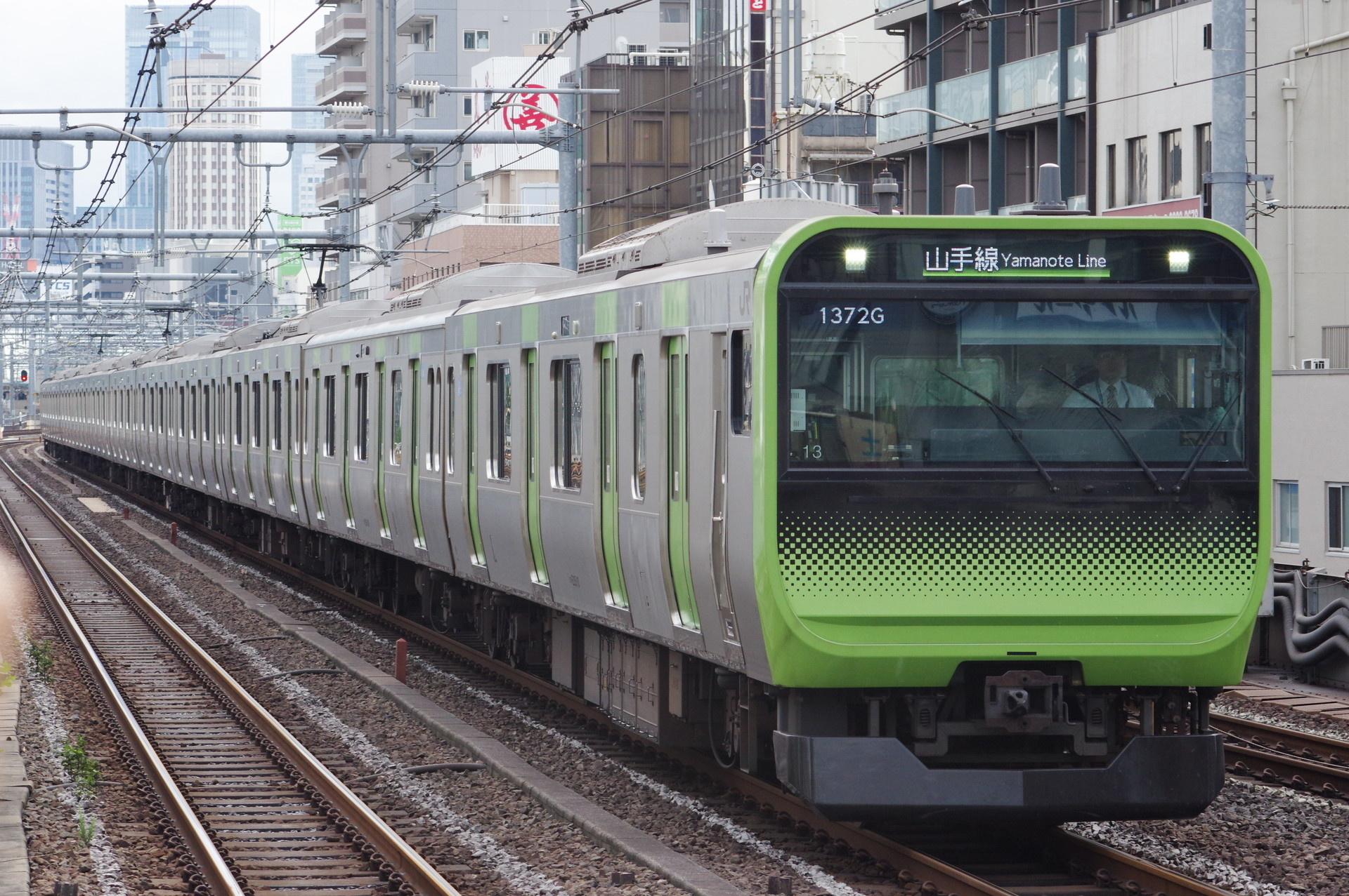 E235系 トウ13編成