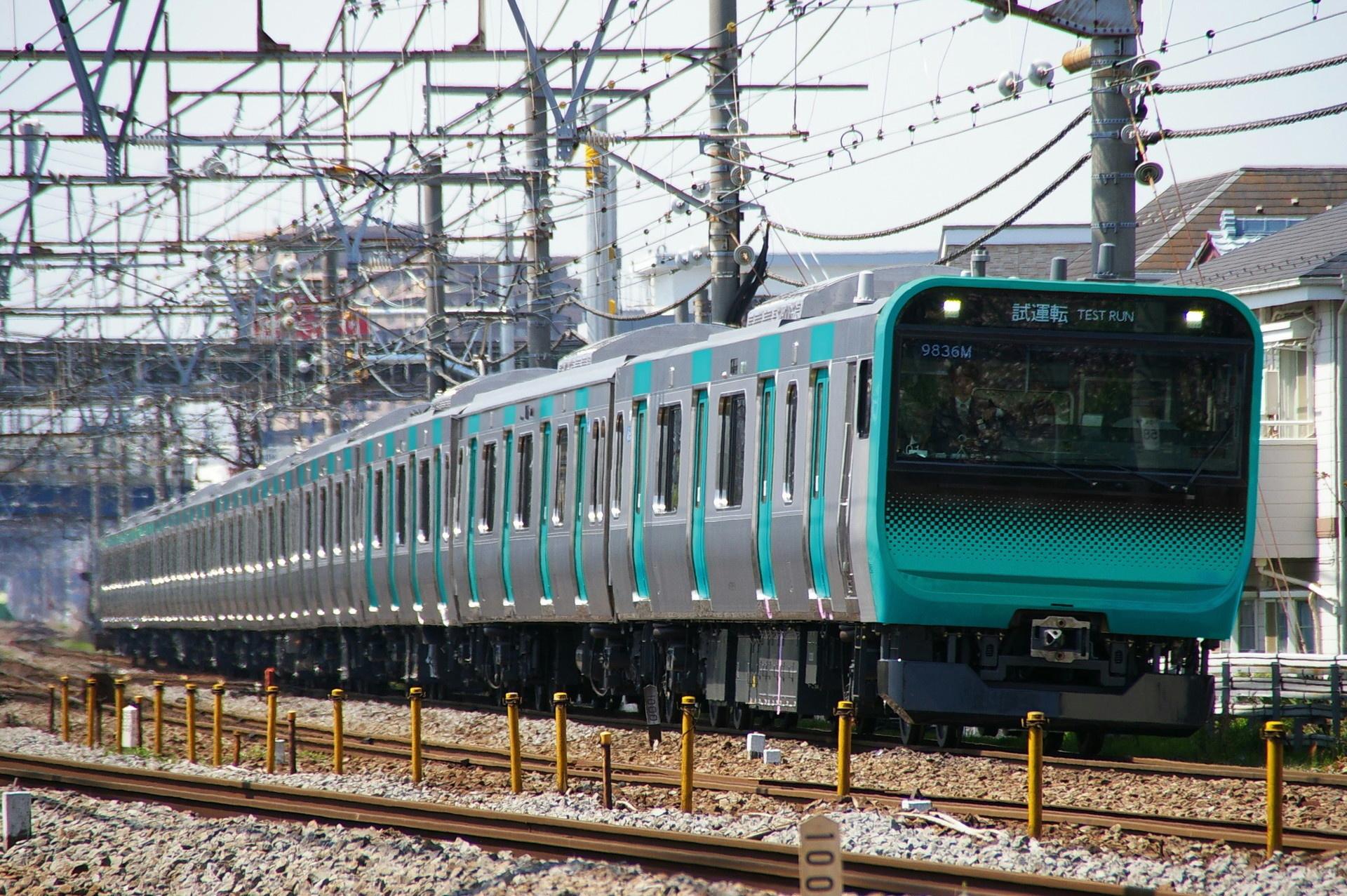 E235系のウソ電(常磐快速線色・0番台風)