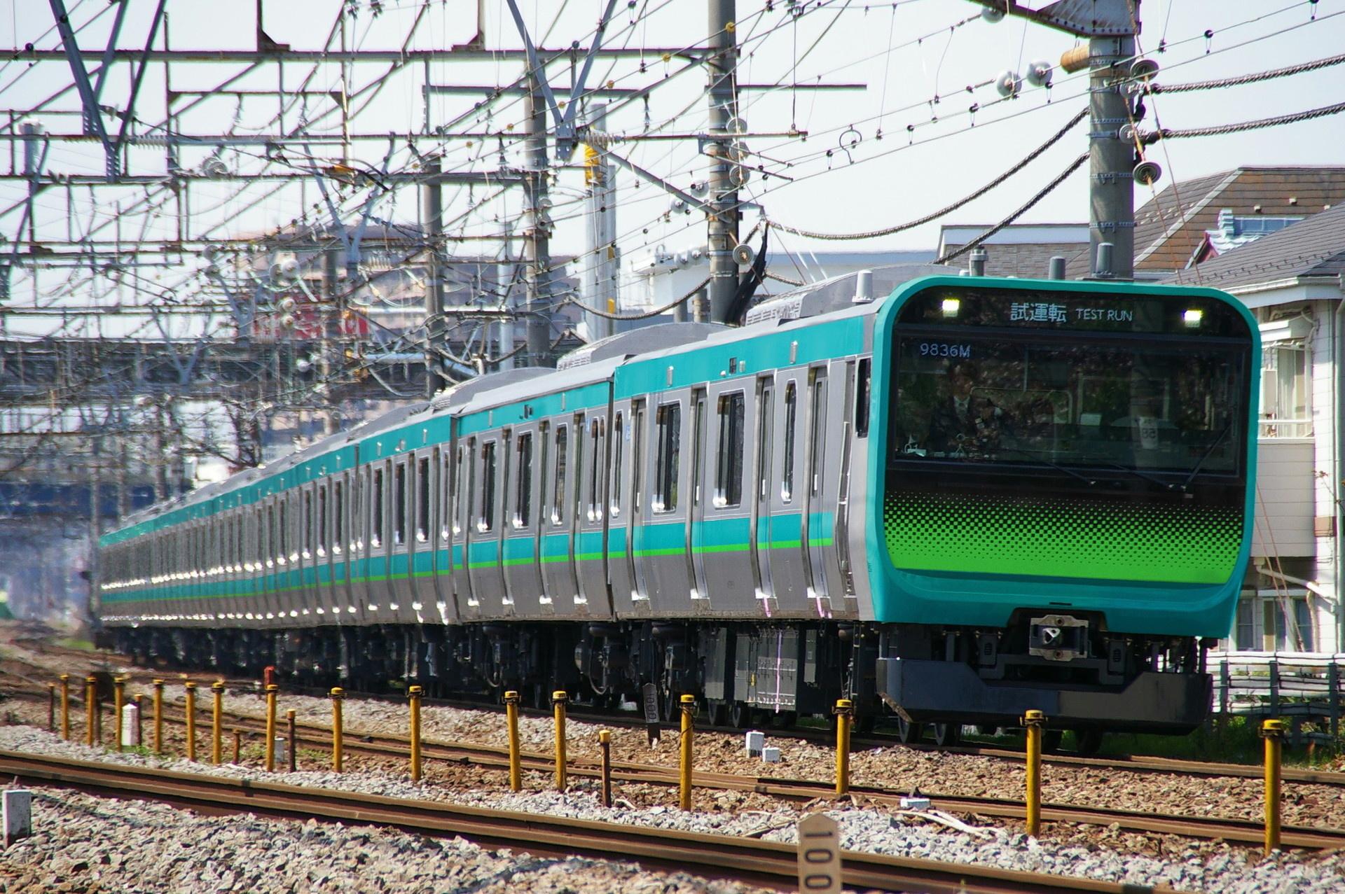 E235系のウソ電(常磐快速線色・1000番台風)