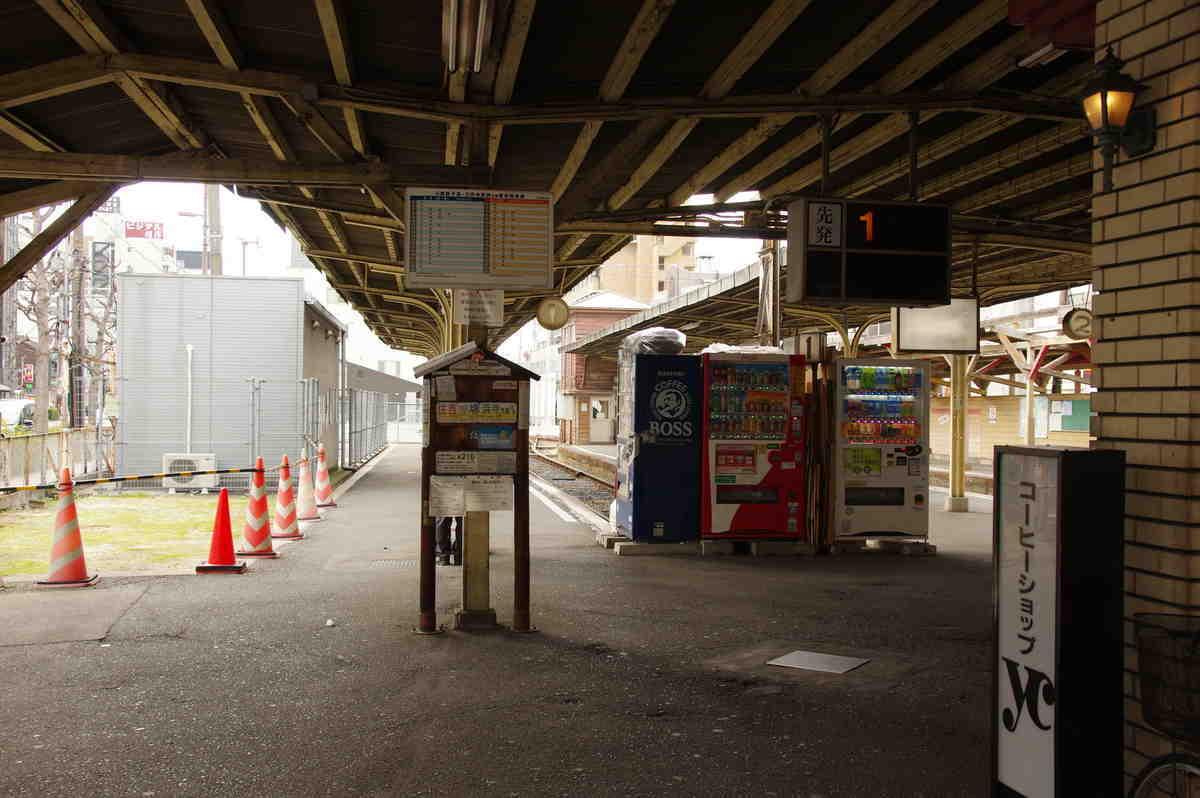 恵美須町旧駅のホーム入口